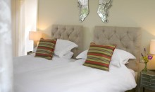 The Swan Inn Swinbrook Bedroom
