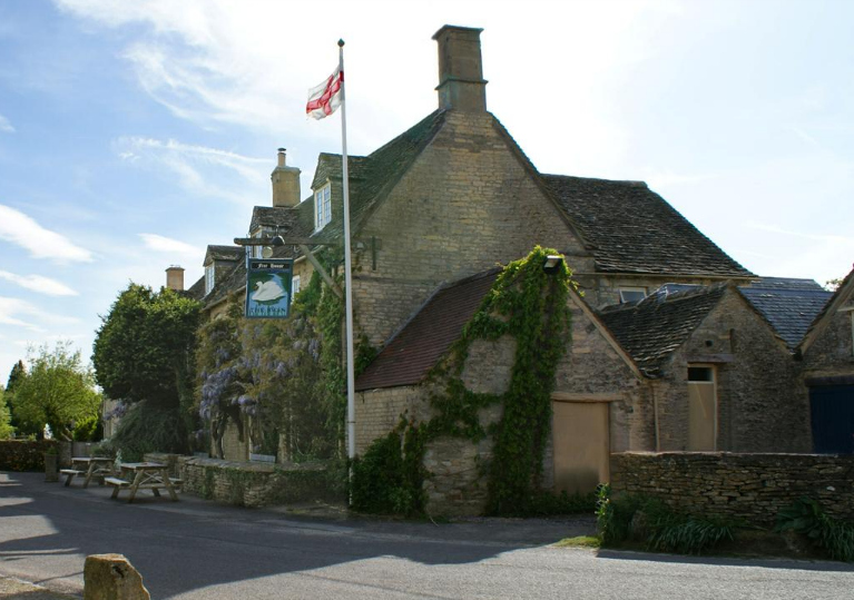 The Swan Inn Swinbrook