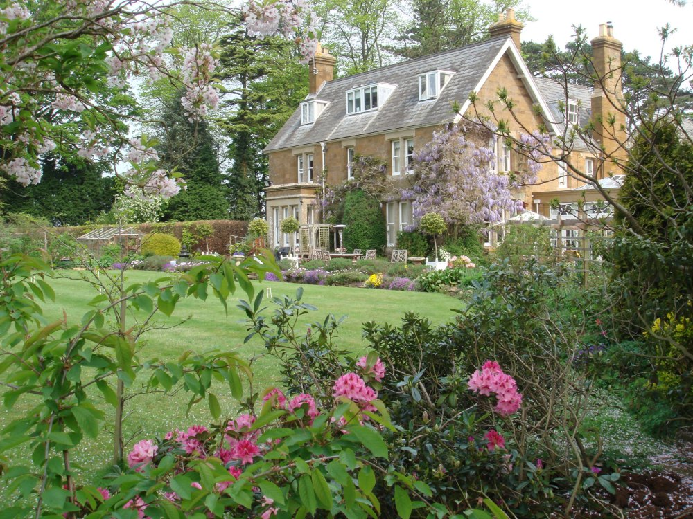 Cotswold bed and breakfast Uplands House
