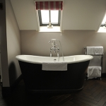 The Kingham Plough Bathroom