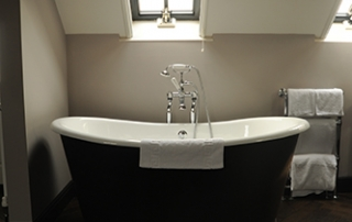 Kingham Plough Bathroom