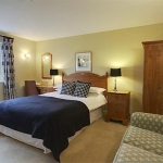The-Cotswold-Plough-Bedroom-2
