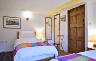 Cosy Corner Cottage, Evenlode, Twin Bedroom