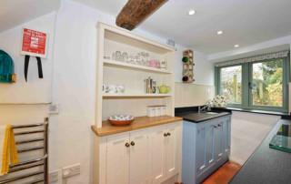 Cosy Corner Cottage, Evenlode, Kitchen cabinets